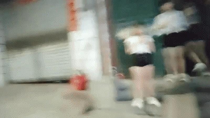 从图书馆到女生寝室【学校真实勾搭】校园场景附聊天记录大胸学生妹夜不归宿跟小伙颠鸾倒凤无套啪啪[BSMP4845MB]